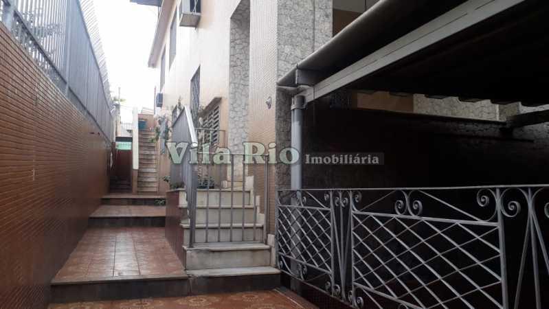Entrada - Casa 6 quartos à venda Irajá, Rio de Janeiro - R$ 1.200.000 - VCA60003 - 26