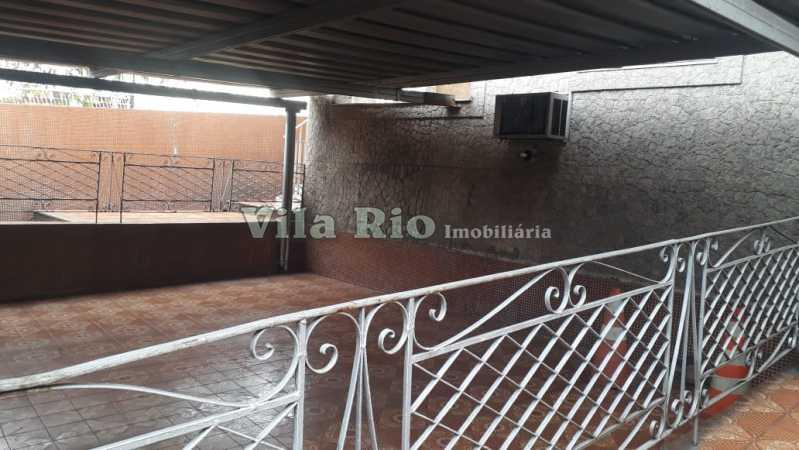 Garagem - Casa 6 quartos à venda Irajá, Rio de Janeiro - R$ 1.200.000 - VCA60003 - 27