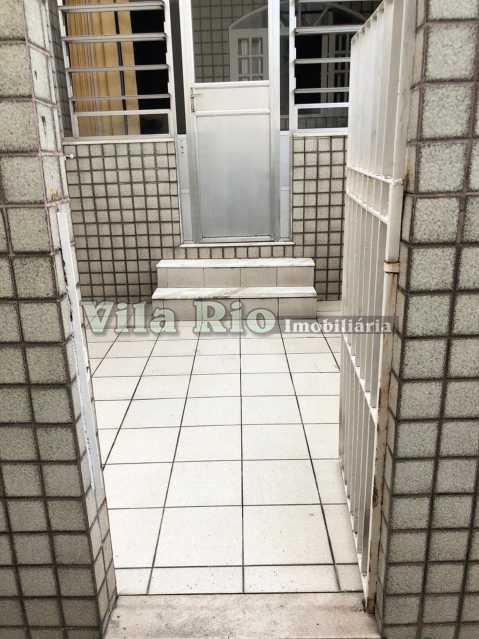 ENTRADA - Casa de Vila 2 quartos à venda Braz de Pina, Rio de Janeiro - R$ 250.000 - VCV20017 - 20