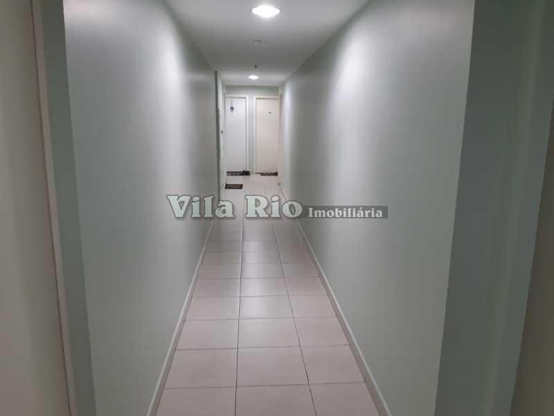 CIRCULAÇÃO INTERNA DO PREDIO - Cobertura 3 quartos à venda Praça Seca, Rio de Janeiro - R$ 400.000 - VCO30016 - 22