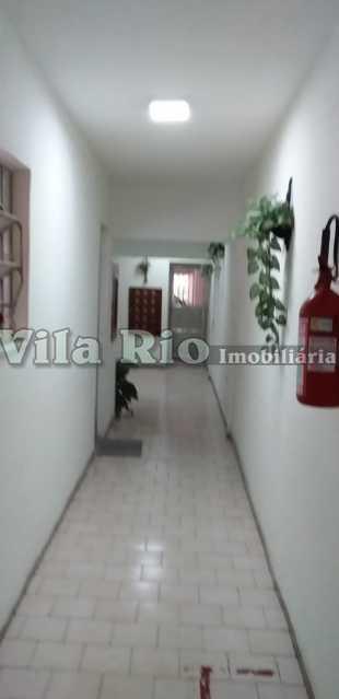 HALL DO PRÉDIO - Apartamento 2 quartos à venda Vaz Lobo, Rio de Janeiro - R$ 255.000 - VAP20702 - 18