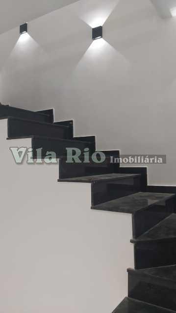 Escada - Casa 3 quartos à venda Irajá, Rio de Janeiro - R$ 470.000 - VCA30085 - 7