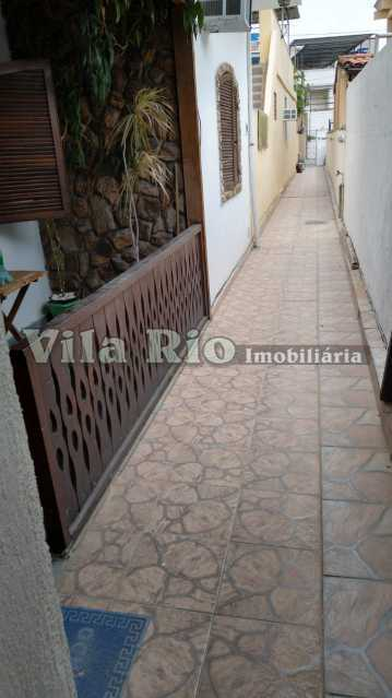 Circulação externa. - Casa 3 quartos à venda Irajá, Rio de Janeiro - R$ 470.000 - VCA30085 - 28