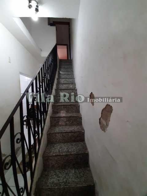 ESCADA PARA 2º PAV. - Casa de Vila 4 quartos à venda Olaria, Rio de Janeiro - R$ 380.000 - VCV40002 - 25