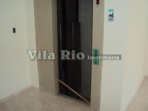 ELEVADOR - Apartamento Cordovil, Rio de Janeiro, RJ À Venda, 2 Quartos, 45m² - VA20951 - 15