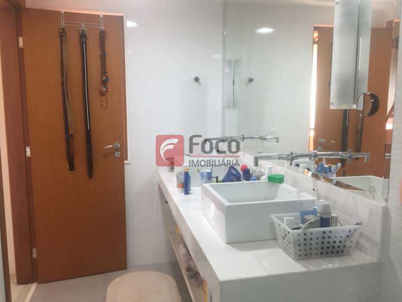 Banheiro Suite 1 - Cobertura à venda Rua Oliveira Rocha,Jardim Botânico, Rio de Janeiro - R$ 3.870.000 - JBCO30113 - 19