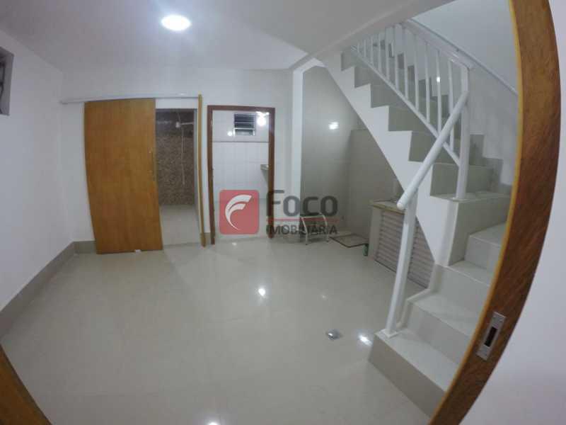 ESCADA LINEAR - Casa à venda Rua Oliveira Fausto,Botafogo, Rio de Janeiro - R$ 3.350.000 - FLCA60031 - 12