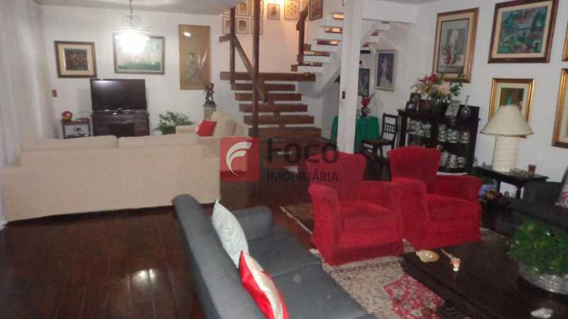 SALAS DE ESTAR E TV - Casa à venda Rua Belisário Távora,Laranjeiras, Rio de Janeiro - R$ 2.400.000 - FLCA40072 - 1