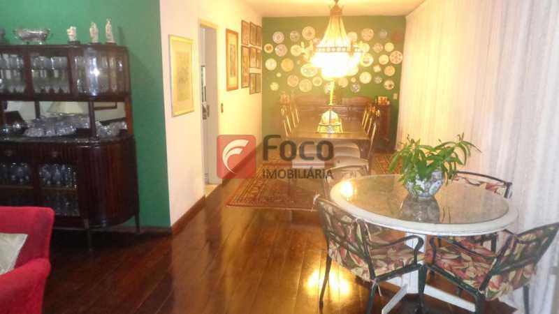 SALAS DE ESTAR E JANTAR - Casa à venda Rua Belisário Távora,Laranjeiras, Rio de Janeiro - R$ 2.400.000 - FLCA40072 - 5