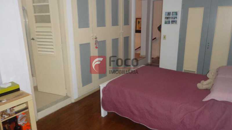 SUÍTE 1 - Casa à venda Rua Belisário Távora,Laranjeiras, Rio de Janeiro - R$ 2.400.000 - FLCA40072 - 11