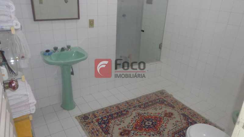 BANHEIRO SOCIAL - Casa à venda Rua Belisário Távora,Laranjeiras, Rio de Janeiro - R$ 2.400.000 - FLCA40072 - 23