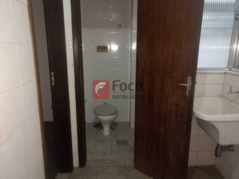 BANHEIRO EMPREGADA - Apartamento à venda Rua das Laranjeiras,Laranjeiras, Rio de Janeiro - R$ 690.000 - FLAP22286 - 21