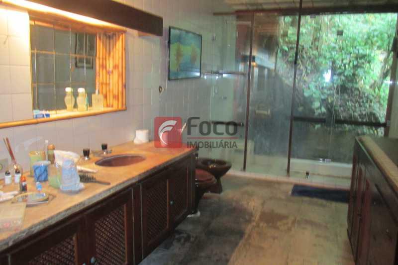 BANHEIRO SUITE - Casa à venda Rua Engenheiro Alfredo Duarte,Jardim Botânico, Rio de Janeiro - R$ 4.800.000 - JBCA40041 - 18