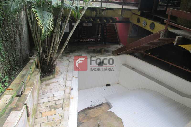 PISCINA E RAMPA - Casa à venda Rua Engenheiro Alfredo Duarte,Jardim Botânico, Rio de Janeiro - R$ 4.800.000 - JBCA40041 - 25