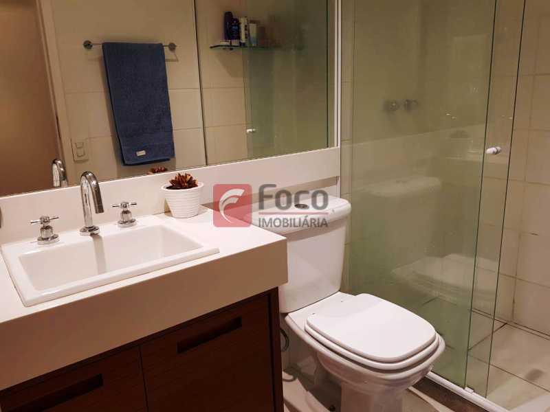 BANHEIRO SOCIAL - Apartamento à venda Rua Macedo Sobrinho,Humaitá, Rio de Janeiro - R$ 1.850.000 - FLAP32137 - 16