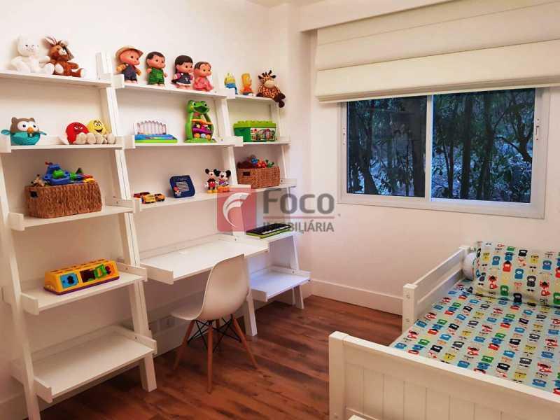 QUARTO 2 - Apartamento à venda Rua Macedo Sobrinho,Humaitá, Rio de Janeiro - R$ 1.850.000 - FLAP32137 - 10