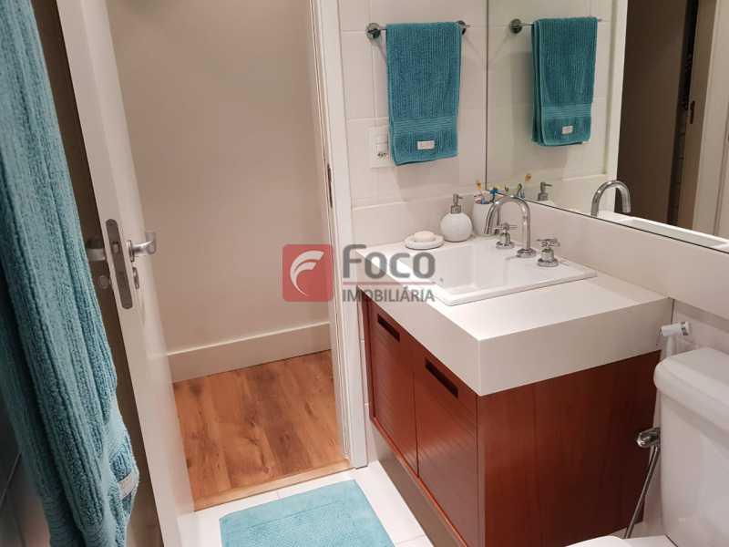 BANHEIRO SUÍTE - Apartamento à venda Rua Macedo Sobrinho,Humaitá, Rio de Janeiro - R$ 1.850.000 - FLAP32137 - 15