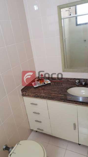BANHEIRO - Apartamento à venda Rua Marquês de Pinedo,Laranjeiras, Rio de Janeiro - R$ 1.990.000 - FLAP40518 - 19