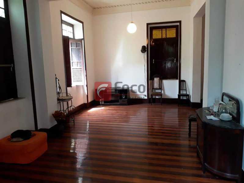 SALÃO DE ESTAR - Casa à venda Rua André Cavalcanti,Centro, Rio de Janeiro - R$ 750.000 - FLCA70010 - 3