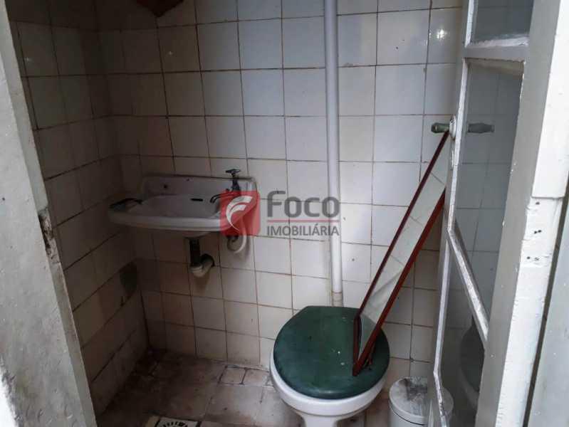 BANHEIRO - Casa à venda Rua André Cavalcanti,Centro, Rio de Janeiro - R$ 750.000 - FLCA70010 - 28