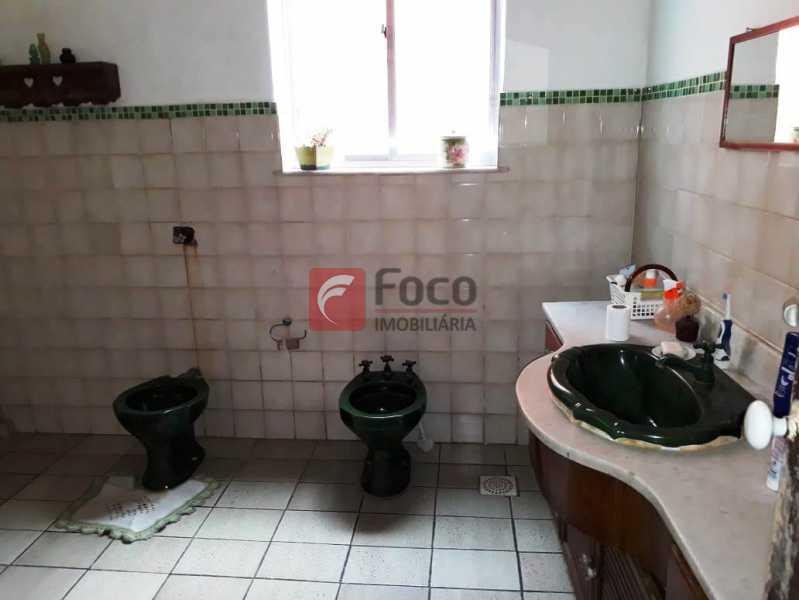 BANHEIRO - Casa à venda Rua André Cavalcanti,Centro, Rio de Janeiro - R$ 750.000 - FLCA70010 - 25