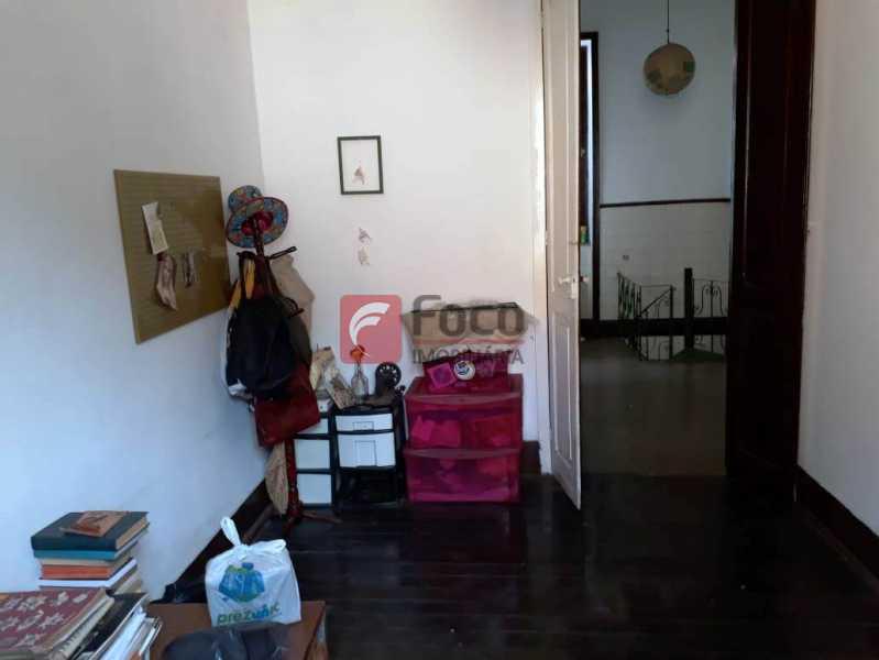 QUARTO - Casa à venda Rua André Cavalcanti,Centro, Rio de Janeiro - R$ 750.000 - FLCA70010 - 26