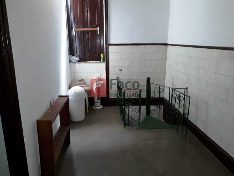 HALL - Casa à venda Rua André Cavalcanti,Centro, Rio de Janeiro - R$ 750.000 - FLCA70010 - 30