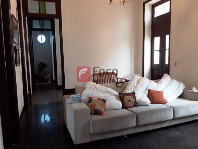 SALA INTIMA - Casa à venda Rua André Cavalcanti,Centro, Rio de Janeiro - R$ 750.000 - FLCA70010 - 10