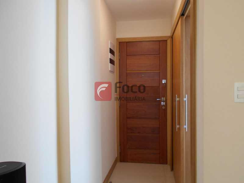 HALL ENTRADA - Apartamento à venda Rua Cardoso Júnior,Laranjeiras, Rio de Janeiro - R$ 950.000 - FLAP32166 - 7