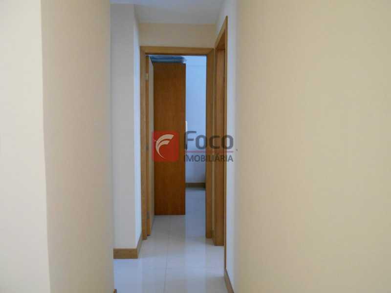 CIRCULAÇÃO - Apartamento à venda Rua Cardoso Júnior,Laranjeiras, Rio de Janeiro - R$ 950.000 - FLAP32166 - 11