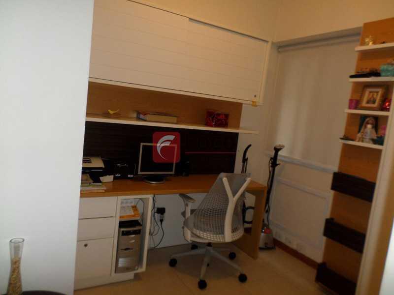 QUARTO 3 - Apartamento à venda Rua Macedo Sobrinho,Humaitá, Rio de Janeiro - R$ 1.395.000 - FLAP32290 - 10
