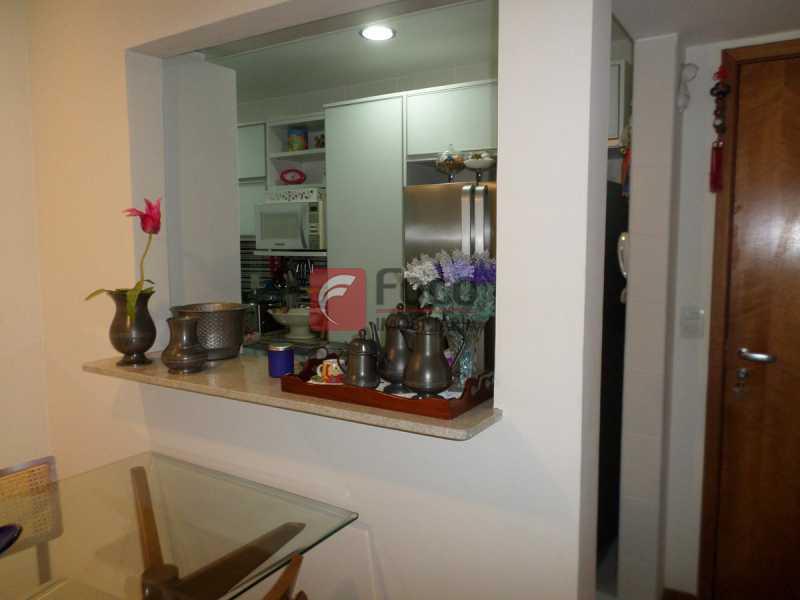 COZINHA COM PASSA PRATOS - Apartamento à venda Rua Macedo Sobrinho,Humaitá, Rio de Janeiro - R$ 1.395.000 - FLAP32290 - 17