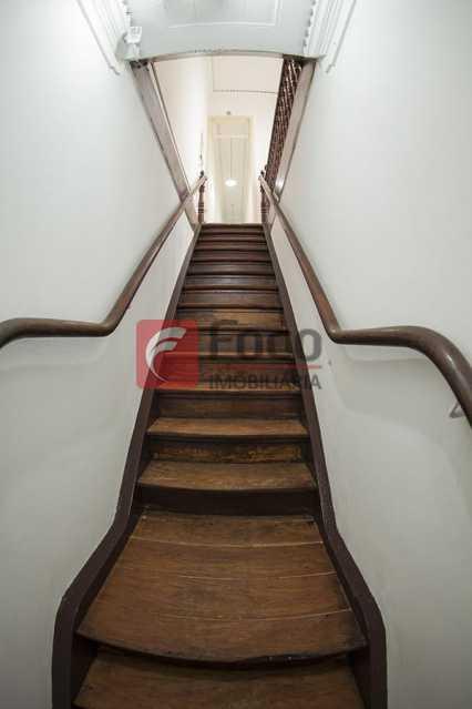 ESCADA DE ACESSO - Casa Comercial 246m² à venda Rua Joaquim Silva,Centro, Rio de Janeiro - R$ 1.575.000 - FLCC00004 - 5