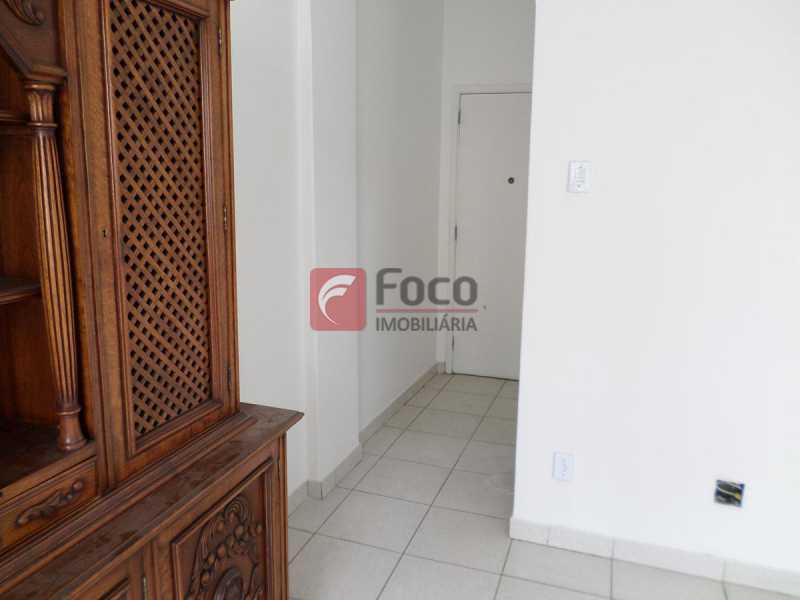 HALL ENTRADA - Apartamento à venda Travessa Carlos de Sá,Catete, Rio de Janeiro - R$ 560.000 - FLAP22479 - 4