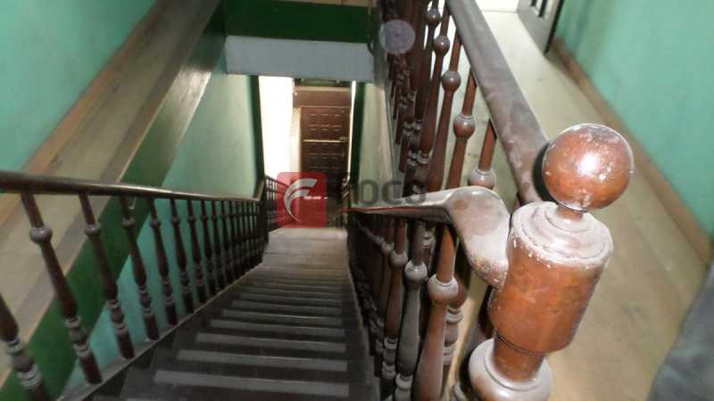 ACESSO 2º PISO - Loja 466m² à venda Rua Riachuelo,Centro, Rio de Janeiro - R$ 1.580.000 - FLLJ00024 - 13