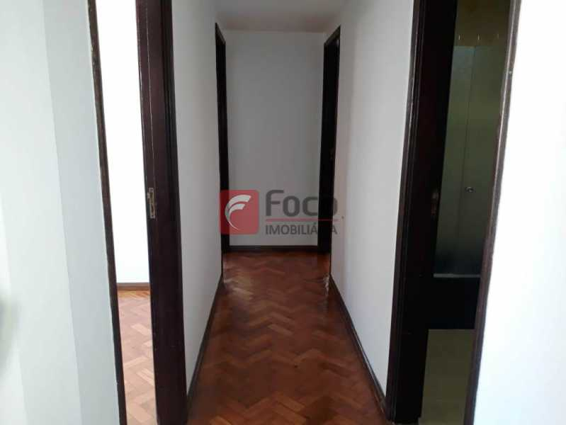 CIRCULAÇÃO - Apartamento à venda Rua Soares Cabral,Laranjeiras, Rio de Janeiro - R$ 1.200.000 - FLAP32381 - 24
