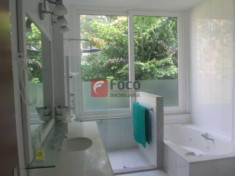 IMG_6790 - Casa à venda Rua Ministro Artur Ribeiro,Jardim Botânico, Rio de Janeiro - R$ 10.500.000 - JBCA70003 - 29