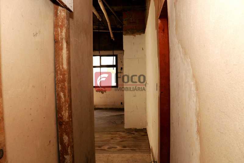 Circulação - Cobertura 4 quartos à venda Laranjeiras, Rio de Janeiro - R$ 2.800.000 - JBCO40082 - 11