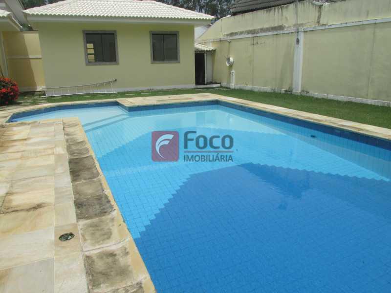 PISCINA - Casa em Condomínio à venda Rua Ariosto Berna,Barra da Tijuca, Rio de Janeiro - R$ 6.500.000 - JBCN40009 - 5