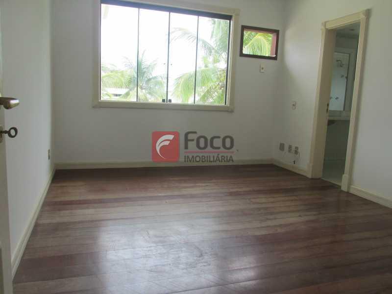 SUÍTE - Casa em Condomínio à venda Rua Ariosto Berna,Barra da Tijuca, Rio de Janeiro - R$ 6.500.000 - JBCN40009 - 9