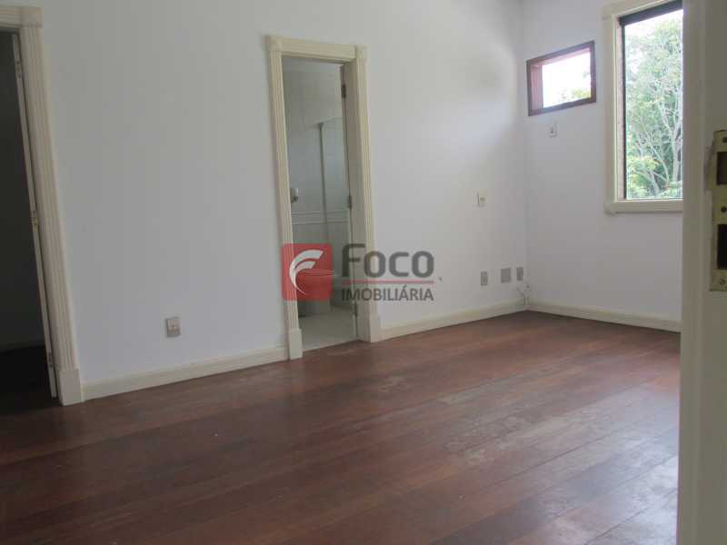 SUÍTE - Casa em Condomínio à venda Rua Ariosto Berna,Barra da Tijuca, Rio de Janeiro - R$ 6.500.000 - JBCN40009 - 13