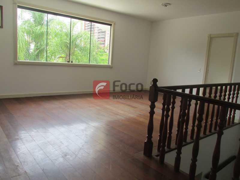 CIRCULAÇÃO - Casa em Condomínio à venda Rua Ariosto Berna,Barra da Tijuca, Rio de Janeiro - R$ 6.500.000 - JBCN40009 - 15