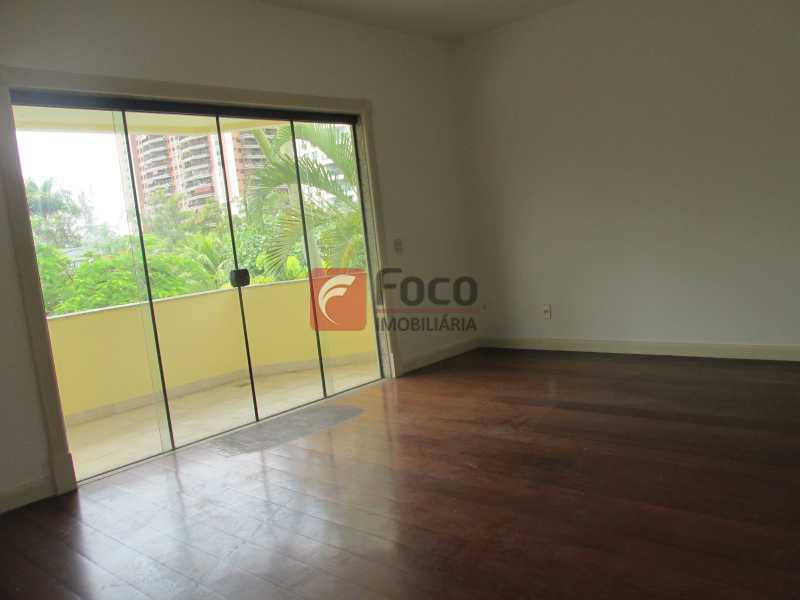 SUÍTE - Casa em Condomínio à venda Rua Ariosto Berna,Barra da Tijuca, Rio de Janeiro - R$ 6.500.000 - JBCN40009 - 16
