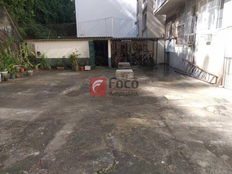 PÁTIO COM BICICLETÁRIO - Apartamento à venda Rua Cândido Mendes,Glória, Rio de Janeiro - R$ 395.000 - JBAP10351 - 10
