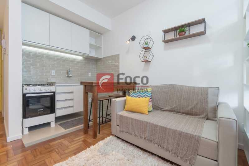 sala com cozinha integrada - Kitnet/Conjugado 26m² à venda Rua Bento Lisboa,Catete, Rio de Janeiro - R$ 380.000 - JBKI00125 - 11