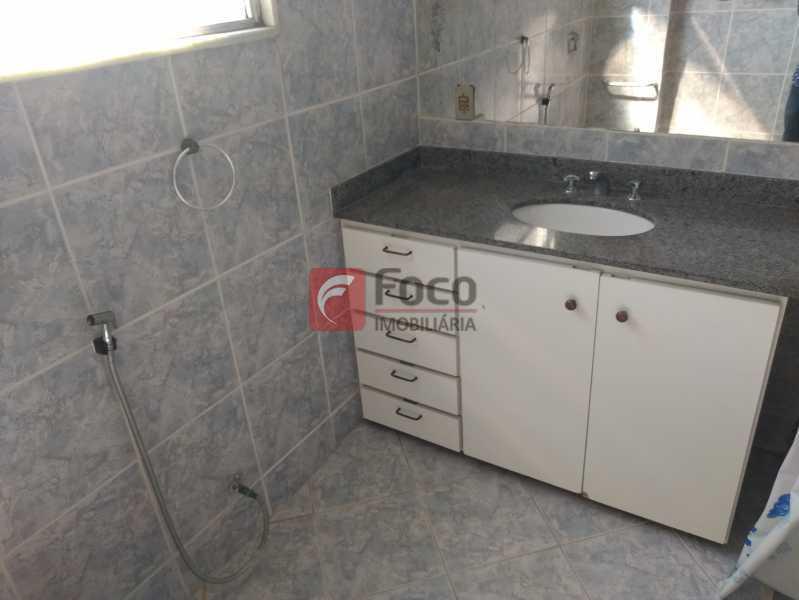 banheiro - Apartamento à venda Rua Cosme Velho,Cosme Velho, Rio de Janeiro - R$ 710.000 - JBAP21192 - 15