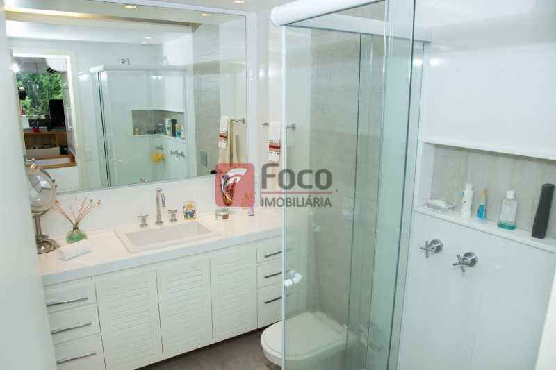 BANHEIRO 2º PISO - Cobertura à venda Avenida Epitácio Pessoa,Lagoa, Rio de Janeiro - R$ 2.500.000 - JBCO30203 - 17