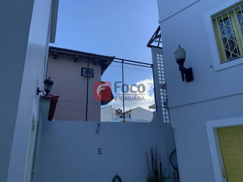16 - Casa à venda Rua Otávio Correia,Urca, Rio de Janeiro - R$ 4.400.000 - JBCA50043 - 17
