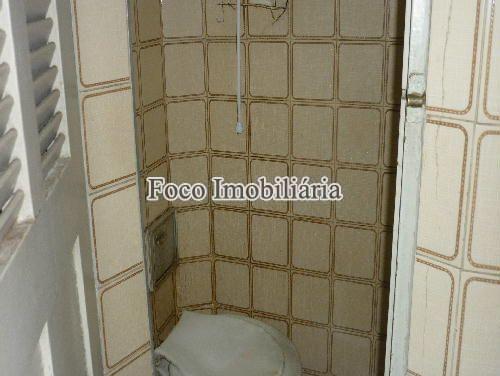 BANHEIRO EMPREGADA - Apartamento à venda Avenida Nossa Senhora de Copacabana,Copacabana, Rio de Janeiro - R$ 715.000 - FA23503 - 15