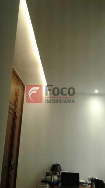 QUARTO - Apartamento à venda Rua Pereira da Silva,Laranjeiras, Rio de Janeiro - R$ 1.200.000 - FA32168 - 26